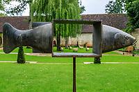 France, Indre-et-Loire (37), Chenonceaux, château et jardins de Chenonceau, jardin Hommage à Russell Page, poisson-cadre par François-Xavier