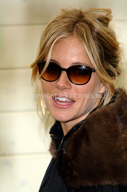 WWW.ACEPIXS.COM . . . . .  ..... . . . . US SALES ONLY . . . . .....May 18 2009, London....Actress Sienna Miller at the Chelsea Flower Show 2009 Press and VIP preview day in London on May 18 2009 in England....Please byline: FAMOUS-ACE PICTURES... . . . .  ....Ace Pictures, Inc:  ..tel: (212) 243 8787 or (646) 769 0430..e-mail: info@acepixs.com..web: http://www.acepixs.com