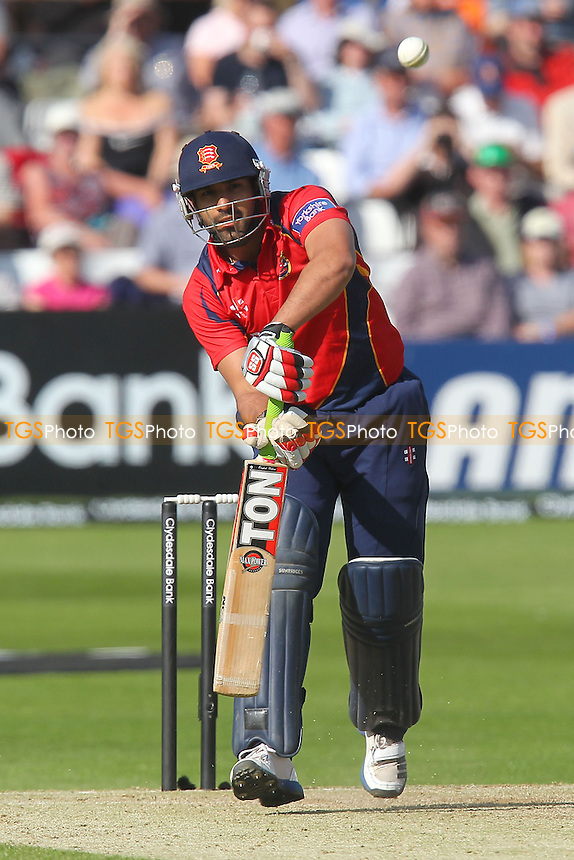 Ravi Bopara in batting action for Essex - Essex Eagles vs Surrey Lions - Yorkshire Bank YB40 Cricket at the Essex County Ground, Chelmsford - 03/06/13 - MANDATORY CREDIT: Gavin Ellis/TGSPHOTO - Self billing applies where appropriate - 0845 094 6026 - contact@tgsphoto.co.uk - NO UNPAID USE