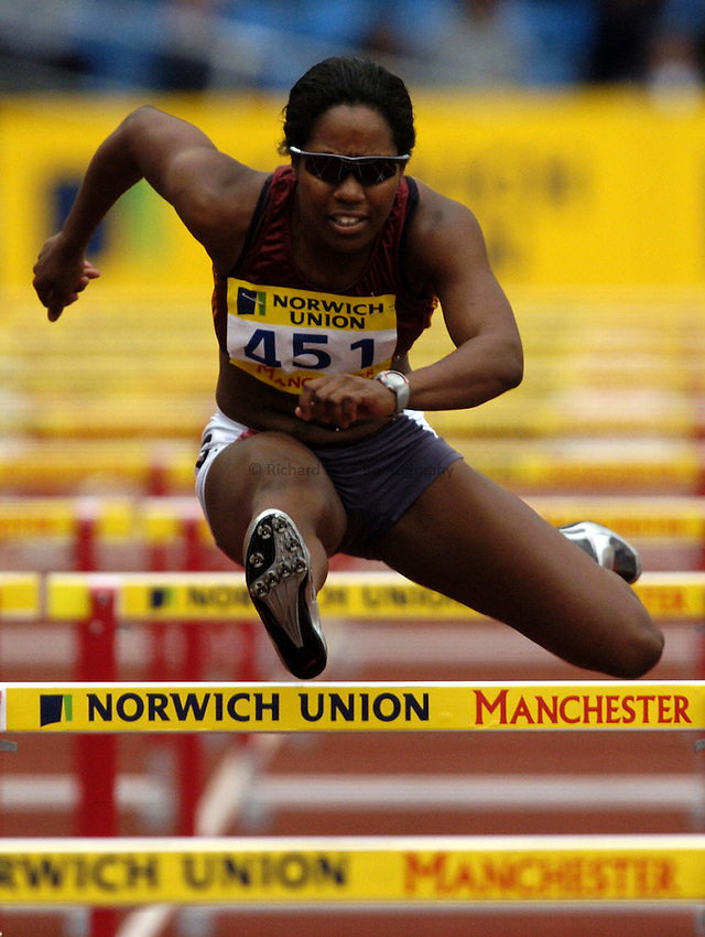 Photo: Richard Lane..Norwich Union Olympic and AAA Championships, Manchester Regional Stadium. 10/07/2004..Womens 100m hurdles, Sarah Claxton.