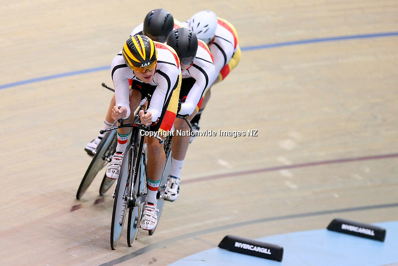 Southland's Pieter Bulling out front in the Elite Men's 4000m Team Pursuit final against Mid South Canterbury at the 2013 National Track Cycling Championships, Stadium Southland Velodrome, Invercargill, New Zealand, Sunday, February 03, 2013. Credit:NINZ / Dianne Manson.