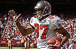 Tampa Bay Buccaneers wide receiver Keenan McCardell (87) on Sunday, October 19, 2003, in San Francisco, California. The 49ers defeated the Buccaneers 24-7.
