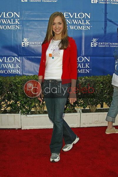 Andrea Bowen<br /> at the 12th Annual Revlon Run/Walk For Women Los Angeles, Los Angeles Memorial Coliseum, Los Angeles, CA, 05-07-05<br /> Jason Kirk/DailyCeleb.com 818-249-4998