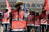 No Voucher, manifestazione a Montecitorio