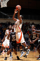 SAN ANTONIO , TX - NOVEMBER 28, 2009: The Texas Southern University Tigers vs. The University of Texas At San Antonio Roadrunners Men's Basketball at the UTSA Convocation Center. (Photo by Jeff Huehn)