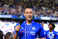 Chelsea defender John Terry (26) addresses the Chelsea fans after the Premier League match between Chelsea and Sunderland at Stamford Bridge on May 21st 2017 in London, England. <br /> Festeggiamenti Chelsea vittoria Premier League <br /> Foto Leila Cocker/PhcImages/Panoramic/Insidefoto