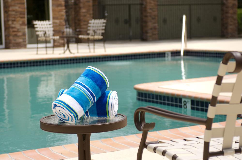 swimming-pool-towels-arc-076.tiff | Kevin Berne Images