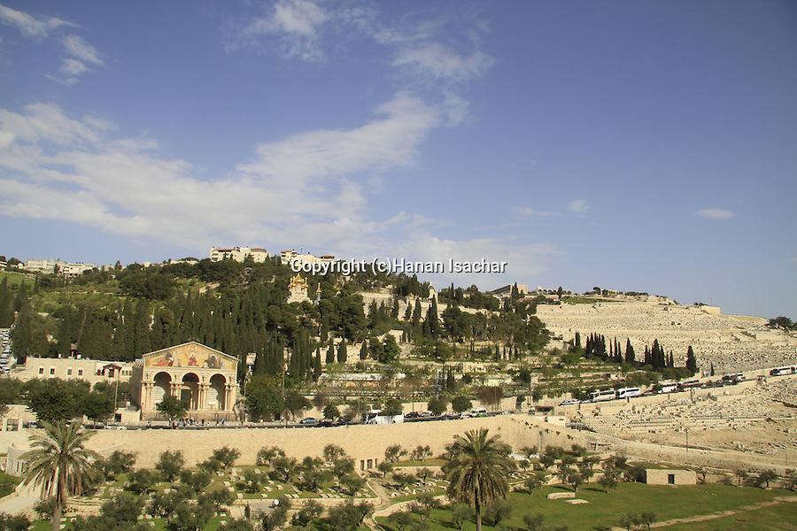 Israel, Jerusalem, Mount of Olives overlooking Kidron valley
