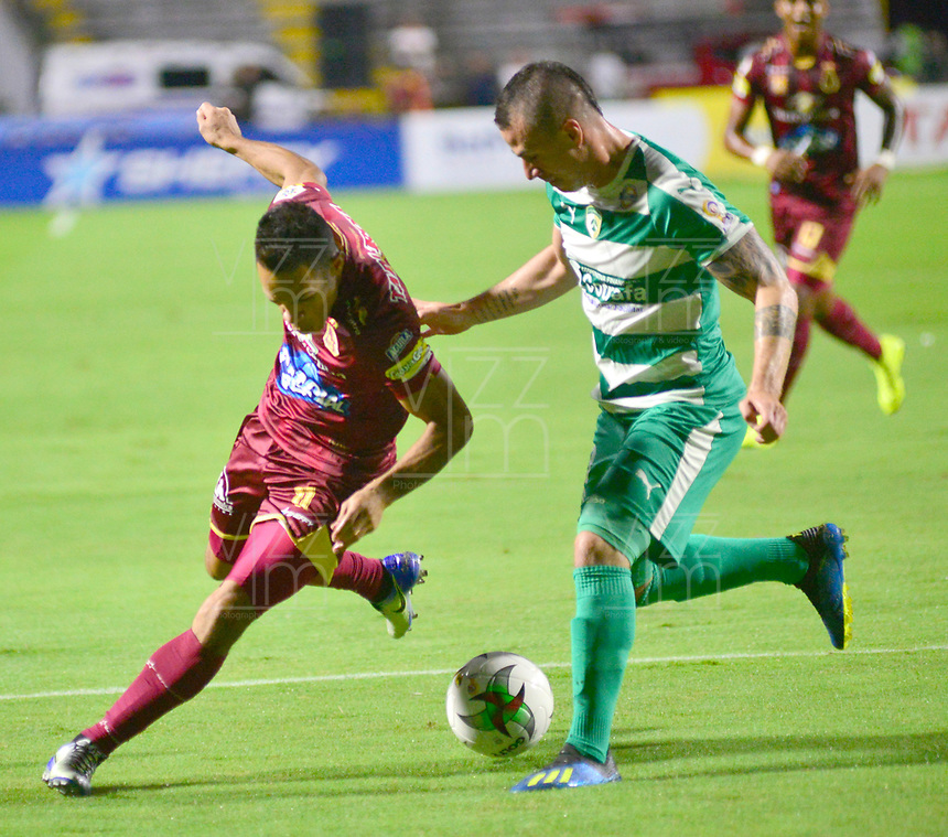 IBAGUÉ- COLOMBIA,20-09-2019:Acción de juego entre los equipos  del Deportes Tolima y Equidad durante  partido por la fecha 12 de la Liga Águila II 2019 jugado en el estadio Manuel Murillo Toro de la ciudad de Ibagué. /Action game between teams  Deportes Tolima and Equidad during the 12 match for  the Liga Aguila I I 2019 played at the Manuel Murillo Toro stadium in Ibague city. Photo: VizzorImage / Juan Carlos Escobar  / Contribuidor