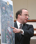 Defense attorney Peter Greenspun points to an aerial photo during his closing arguments in the trial of sniper suspect John Allen Muhammad at the Virginia Beach Circuit Court in Virginia Beach, Virginia on November 13, 2003.<br /> Credit: Steve Earley - Pool via CNP