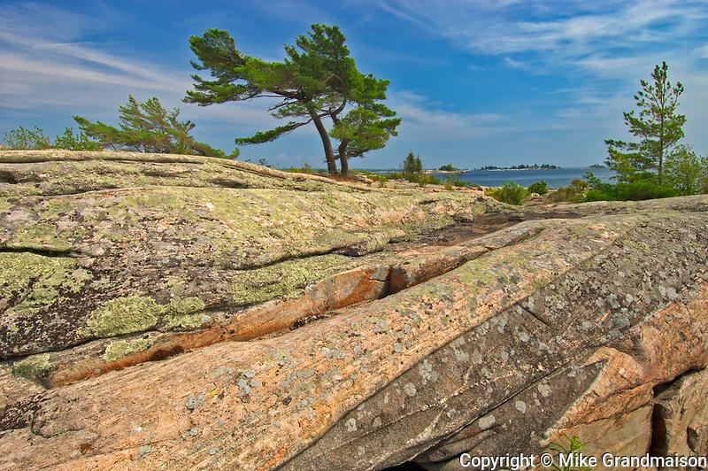 Pprecambrian shield rock on Georgian Bay (Lake Huron)<br />Snug Harbour<br />Ontario<br />Canada