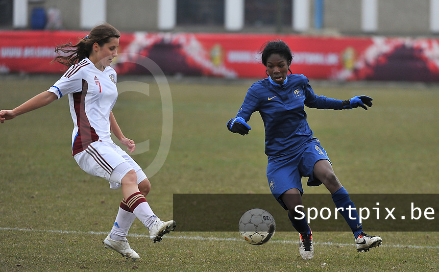 France U19 - Russia U19 :  French Aminata Diallo on the ball before Russian Anastasia Konyukhova (left).foto DAVID CATRY / Nikonpro.be