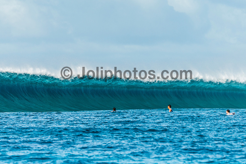 Four Seasons,Kuda Huraa, Maldives (Thursday, August 13, 2015) The surf was still in the 6' range today from the South South East today with very clean conditions.  There was a session at the famed 'Sultans Point' with clean faces, big drops and some open barrels. The wind was light from the North West.  Photo: joliphotos.com