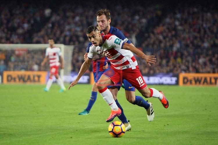 League Santander 2016/2017. Game: 10.<br /> FC Barcelona vs Granada CF: 1-0.<br /> Ivan Rakitic vs Andreas Pereira.