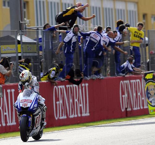 07.11.2010 MotoGP, Valencia. Picture shows Jorge Lorenzo.