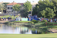 Alex Noren (SWE) on the 18th tee during the 1st round of the DP World Tour Championship, Jumeirah Golf Estates, Dubai, United Arab Emirates. 15/11/2018<br /> Picture: Golffile | Fran Caffrey<br /> <br /> <br /> All photo usage must carry mandatory copyright credit (&copy; Golffile | Fran Caffrey)