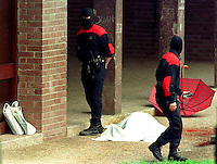 The body of Jose Luis Lopez de  la Calle after being killed by ETA in Andoain, 7th May 2000. <br /> Photo: Ander Gillenea.