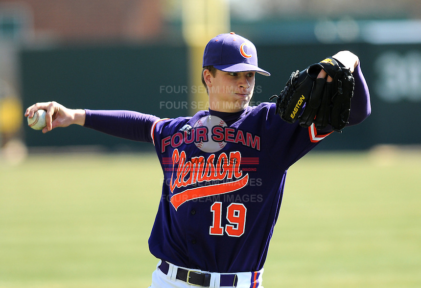 RHP Kevin Brady (19) of the Clemson Tigers prior to a game against the Michigan State Spartans Saturday, Feb. 20, 2010, at Fluor Field at the West End in Greenville, S.C. Photo by: Tom Priddy/Four Seam Images