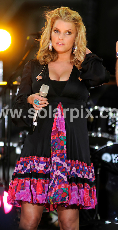 **ALL ROUND PICTURES FROM SOLARPIX.COM**.**SYNDICATION RIGHTS FOR UK, SPAIN, PORTUGAL, AUSTRALIA, S.AFRICA & DUBAI (U.A.E) ONLY**.Jessica Simpson on ABC's Good Morning America Fall Concert Series at Times Square, New York City, NY, USA. 9th September 2008..JOB REF: 7276 PHZ(Mark Dye)    .DATE: 09_09_2008.**MUST CREDIT SOLARPIX.COM OR DOUBLE FEE WILL BE CHARGED* *UNDER NO CIRCUMSTANCES IS THIS IMAGE TO BE REPRODUCED FOR ANY ONLINE EDITION WITHOUT PRIOR PERMISSION*