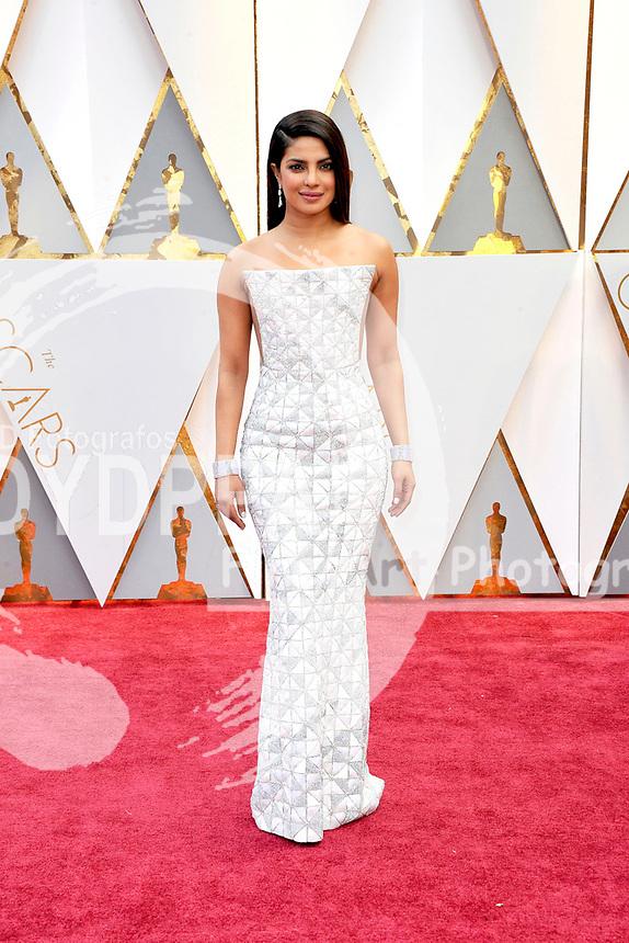 Priyanka Chopra attends the 89th Annual Academy Awards at Hollywood & Highland Center on February 26, 2017 in Hollywood, California.