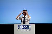 Verona 13/09/2012: Matteo Renzi presenta la sua candidatura per le primarie del PD. Partendo da Verona girerà l'Italia in camper per presentare il suo programma...Verona 13/09/2012: Matteo Renzi kicked off his campaign for the Democratic Party  primaries
