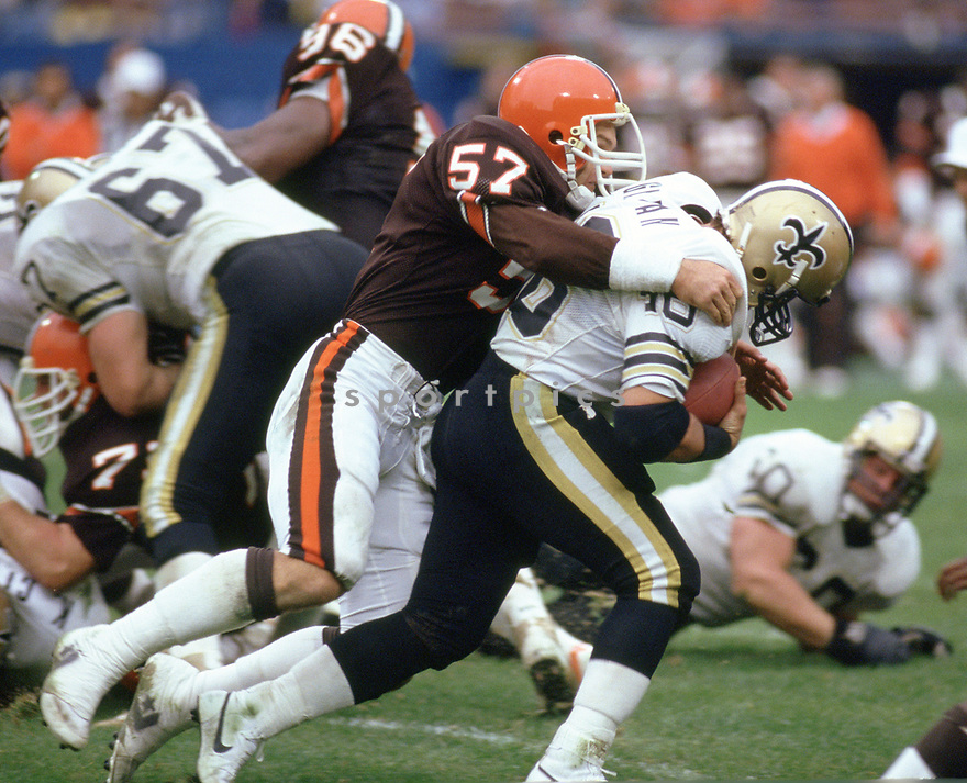 Cleveland Browns Clay Matthews (57) during a game from his 1984 season with the Cleveland Browns. Clay Matthews played for 19 years for 2 different teams and was a 4-time Pro Bowler.<br /> (SportPics)