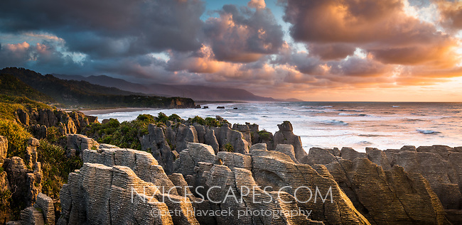 Sunset over Pancake Rocks in Punakaiki, Paparoa National Park, Buller Region, West Coast, New Zealand, NZ