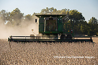 63801-07302 Soybean harvest with John Deere combine in Marion Co. IL