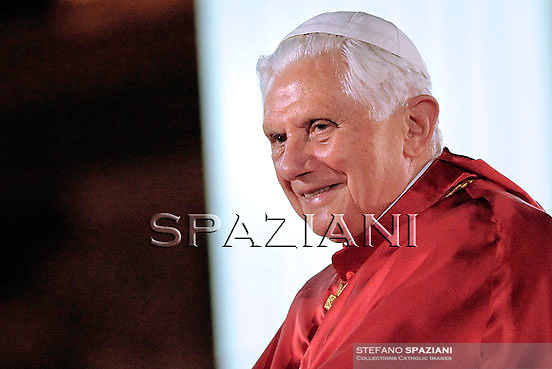 Pope Benedict XVI smiles as he arrives to lead the prayer vigil with priests in St. Peters' square on June 10, 2010 at the Vatican during the final day of the Vatican's Year for Priests