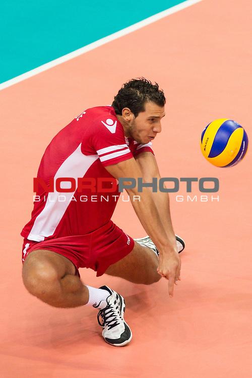 03.09.2014, Spodek, Kattowitz<br /> Volleyball, FIVB Volleyball Men`s World Championship 2014, Brasilien (BRA) vs. Tunesien (TUN)<br /> <br /> Annahme Elyes Karamosli (#7 TUN)<br /> <br />   Foto &copy; nordphoto / Kurth