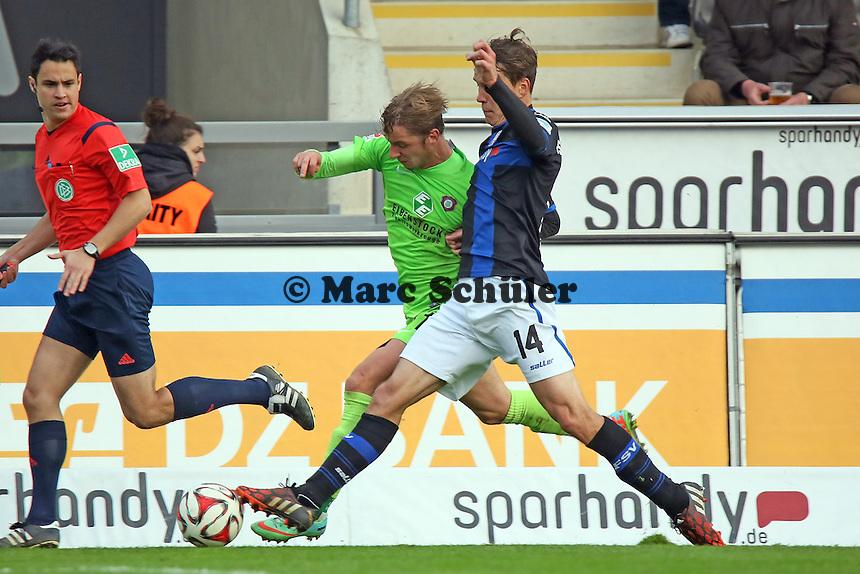 Alexander Bittroff (FSV) gegen Arvydas Nokvikovas (Aue) - FSV Frankfurt vs. FC Erzgebirge Aue, Frankfurter Volksbank Stadion