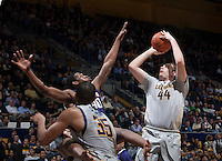 Kameron Rooks of California shoots the ball during the game against Washington at Haas Pavilion in Berkeley, California on January 15th 2014.  California defeated Washington, 82-56.