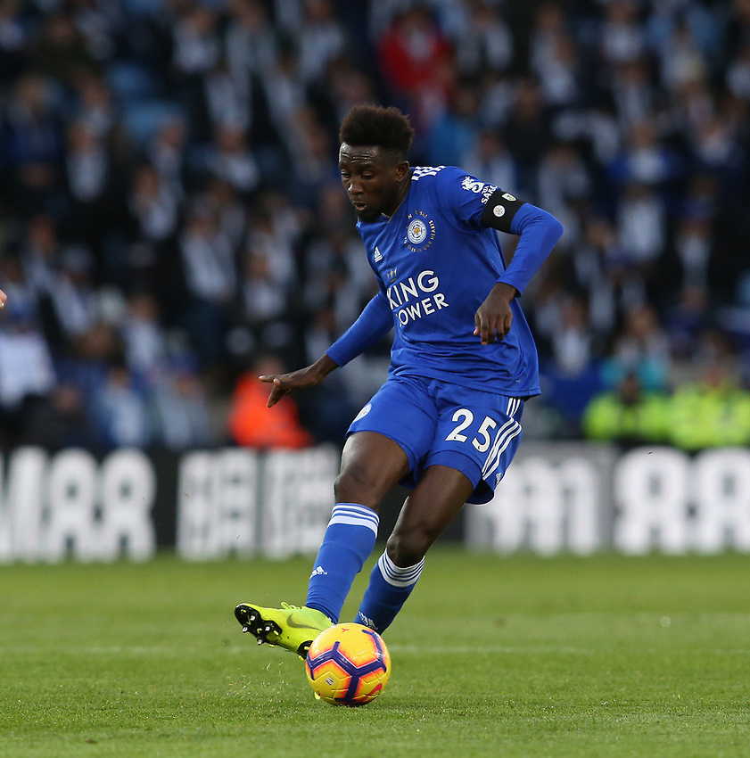 Leicester City's Wilfred Ndidi<br /> <br /> Photographer Stephen White/CameraSport<br /> <br /> The Premier League - Saturday 10th November 2018 - Leicester City v Burnley - King Power Stadium - Leicester<br /> <br /> World Copyright © 2018 CameraSport. All rights reserved. 43 Linden Ave. Countesthorpe. Leicester. England. LE8 5PG - Tel: +44 (0) 116 277 4147 - admin@camerasport.com - www.camerasport.com