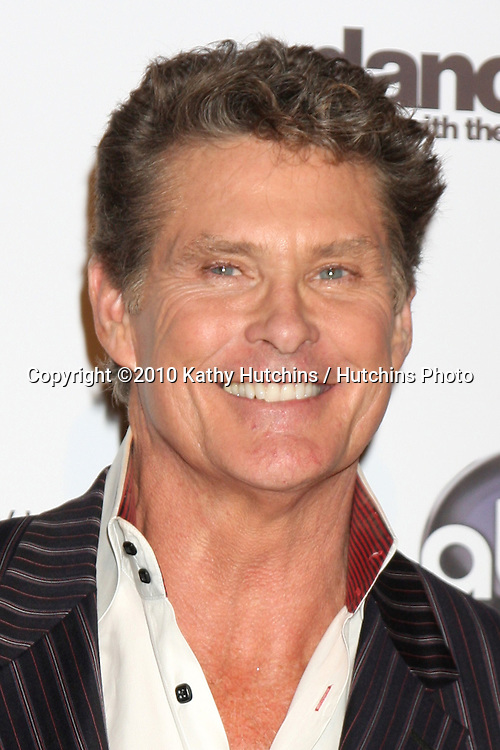 LOS ANGELES - NOV 1:  David Hasselhoff arrives at the Dancing With The Stars 200th Show Party at Boulevard3 on November 1, 2010 in Los Angeles, CA