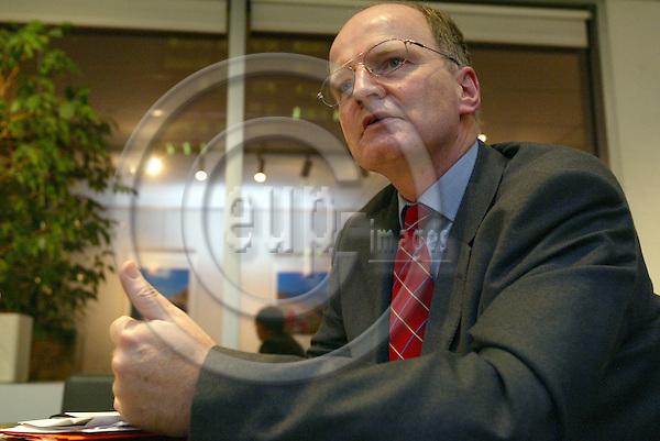 Belgium---Brussels---European Parliament                12.02.2004.Ulrich SCHULTE-STRATHAUS Secretary General of Association of European Airlines (AEA)  .PHOTO: EUP-IMAGES / ANNA-MARIA ROMANELLI