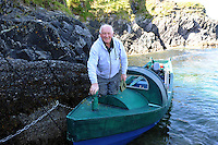 25-8-2014:  Local boatman Eddie Hutch pictured arriving on the Great Blasket Island off West Kerry.<br /> Picture by Don MacMonagle