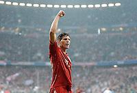 FUSSBALL   1. BUNDESLIGA  SAISON 2011/2012   27. Spieltag FC Bayern Muenchen - Hannover 96       24.03.2012 JUBEL nach dem Tor zum 2:0 Mario Gomez  (FC Bayern Muenchen)