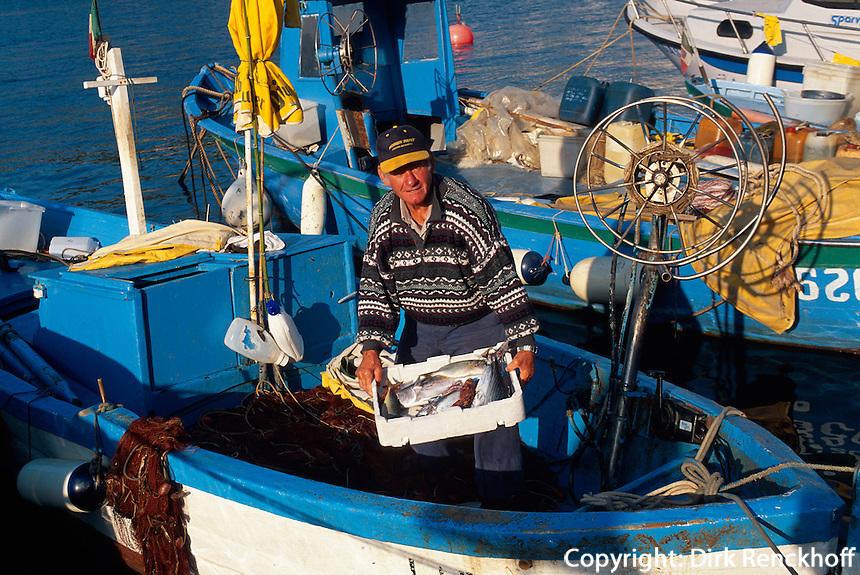 Fischer in  Porto Azzurro, Elba, Italien