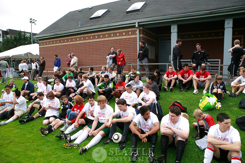 07192011 - Manchester United players with Special Olympic athletes at Seattle University's Championship Field