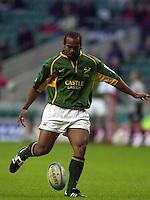 24/05/2002 (Friday).Sport -Rugby Union - London Sevens.South Africa vs Argentina.Egon Seconds[Mandatory Credit, Peter Spurier/ Intersport Images].