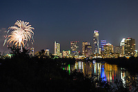 On July 4th Independence Day, more than 100,000 people gather at Auditorium Shores the Austin Symphony July 4th Concert and Fireworks featuring patriotic music and the ever-popular 1812 Overture and spectacular fireworks over Lady Bird Lake.