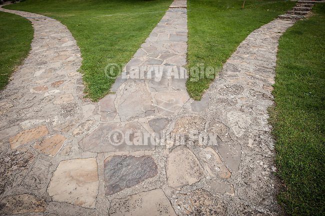 Three stone paths, Gradac Monastery, Seriba