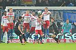 20.01.2018,  GER; 1.FBL Hamburger SV vs 1. FC Koeln, im Bild Milos Jojic (Koeln #08) trifft die Mauer der HSV-Spieler  Foto © nordphoto / Witke *** Local Caption ***
