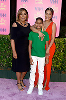 LOS ANGELES - MAY 6:  Mother, La La Anthony, Kiyan Carmelo Anthony at the VH1`s 2nd Annual Dear Mama: An Event To Honor Moms on the Huntington Library on May 6, 2017 in Pasadena, CA