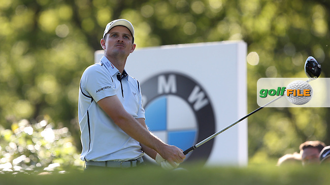 Justin Rose (ENG) drives the 17th during Round One of the 2015 BMW PGA Championship over the West Course at Wentworth, Virginia Water, London. 21/05/2015Picture David Lloyd, www.golffile.ie.
