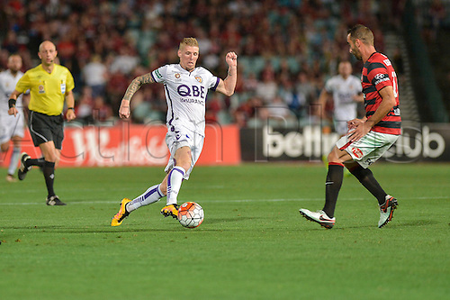 26.02.2016. Pirtek Stadium, Parramatta, Australia. Hyundai A-League. Western Sydney Wanderers versus Perth Glory. Perth forward Andy Keogh in action. The Wanderers won 2-1.
