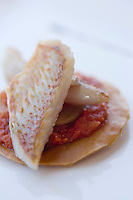 """Europe/France/2A/Corse du Sud/Propriano:Tarte de rouget  avec sa concassée de tomate au poivre,  recette de Freddy Faverot  Chef du Restaurant """"Le Tout Va Bien -chez Parenti"""""""
