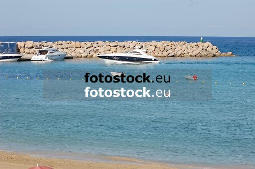 Port Adriano, Calvi&agrave;<br /> <br /> Original: 3008 x 2000 px<br /> 150 dpi: 50,94 x 33,87 cm<br /> 300 dpi: 25,47 x 16,93 cm