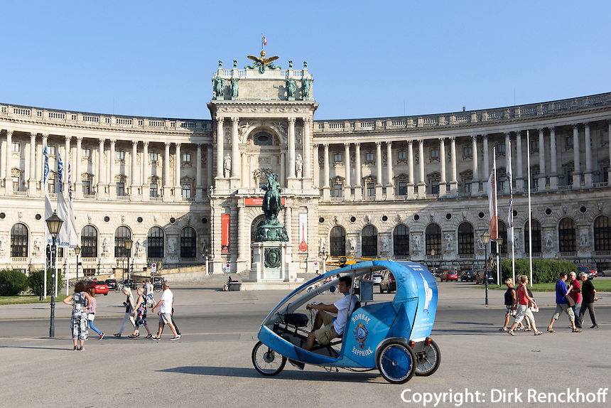 Fahrradrikscha at Neue Hofburg, Eingang Nationalbibliothek, Wien, &Ouml;sterreich, UNESCO-Weltkulturer<br /> Cycle rikshaw at Neue Hofburg, entrance national library, Vienna, Austria, world heritage