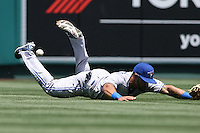 05/06/12 Anaheim, CA: Toronto Blue Jays left fielder Eric Thames #14 during an MLB game against the Toronto Blue Jays played at Angel stadium. The Angels defeated the Blue Jays 4-3